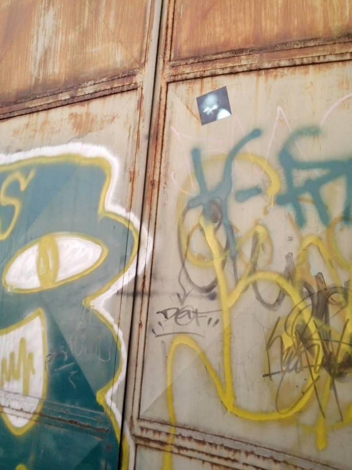 Ciudad de pobres corazones sticker art in Guatemala Duffboy